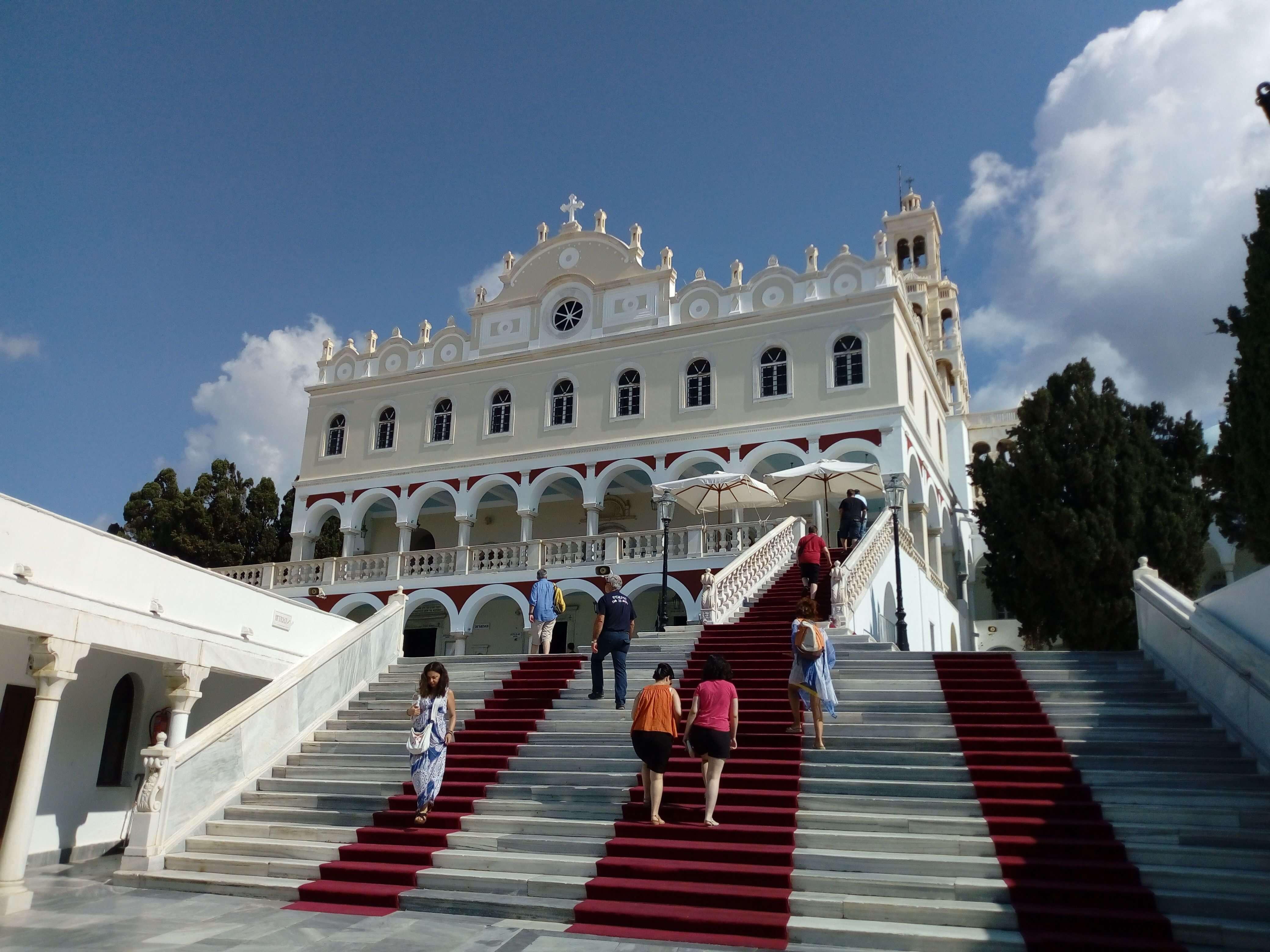 Tinos- Santuario della Madonna dell'Annunciazione
