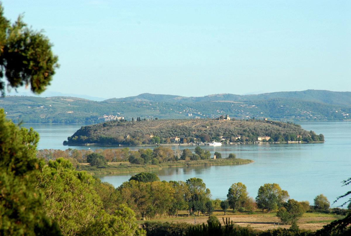 Lago- Trasimeno- Antico Casale Montegualandro